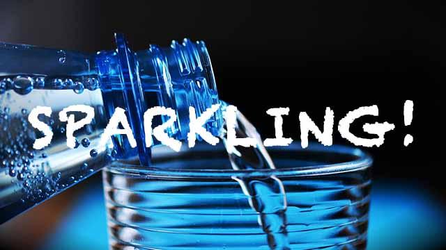 [レビュー]安くて美味しい炭酸水ならサンガリア伊賀の天然水とVOXが鉄板!